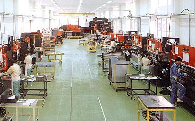 精密板金工場